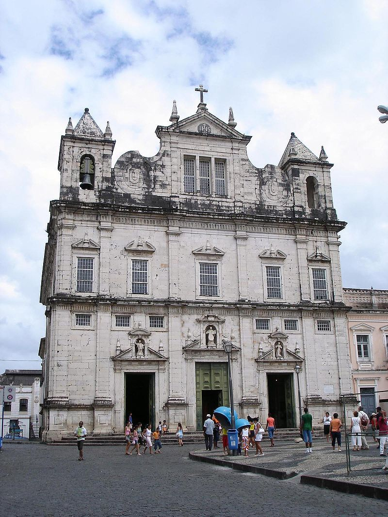Former Jesuit church of Salvador (17th century), now cathedral.