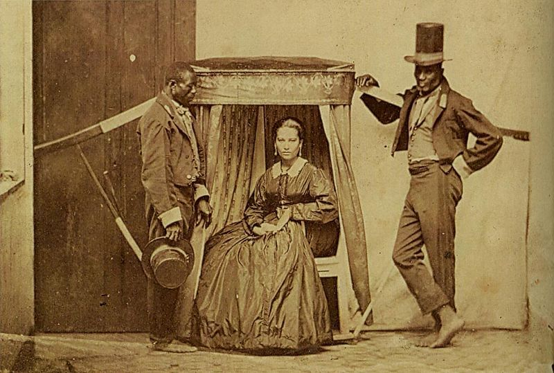 Brazilian lady and her slaves in 1860 - Wikipedia Commons