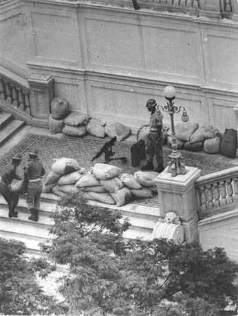Soldiers guarding the Guanabara Palace in Rio de Janeiro during the 1964 Brazilian coup d'état.