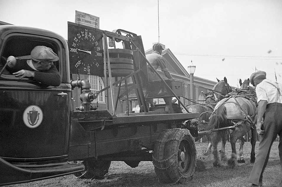 The dynamometer used in the horse-pulling contest, Eastern States Fair, Springfield, Massachusetts  Photo: Carl Mydans