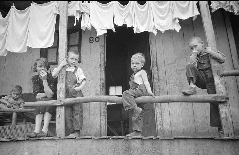 Coal miner's children and wife, Pursglove, West Virginia  Photo: Marion Post Wolcott