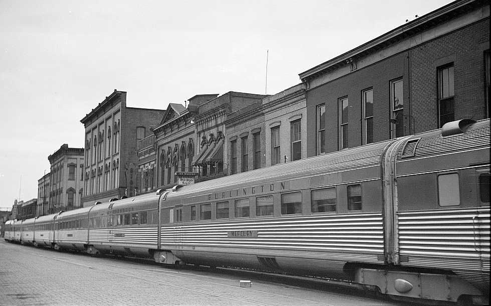 Streamlined train, La Crosse, Wisconson  Photo: Arthur Rothstein