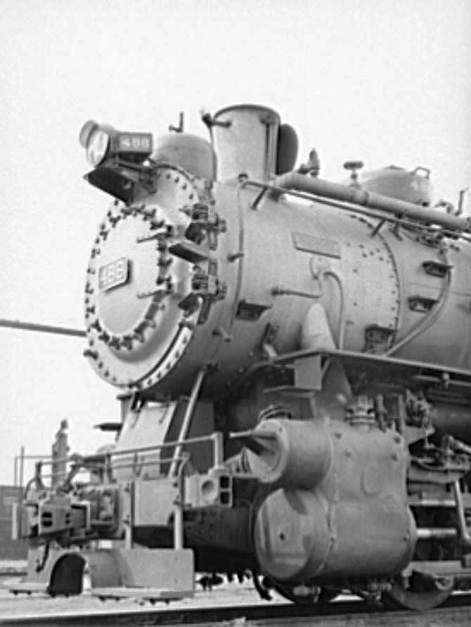 Detail of switching engine, Big Spring yards, Texas Photo: Russell Lee